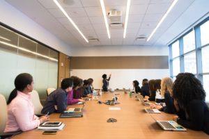 Training Peningkatan Kinerja Karyawan dengan Strategi SDM